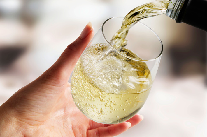 Drinking White Wine Raises Your Risk of Developing Rosacea