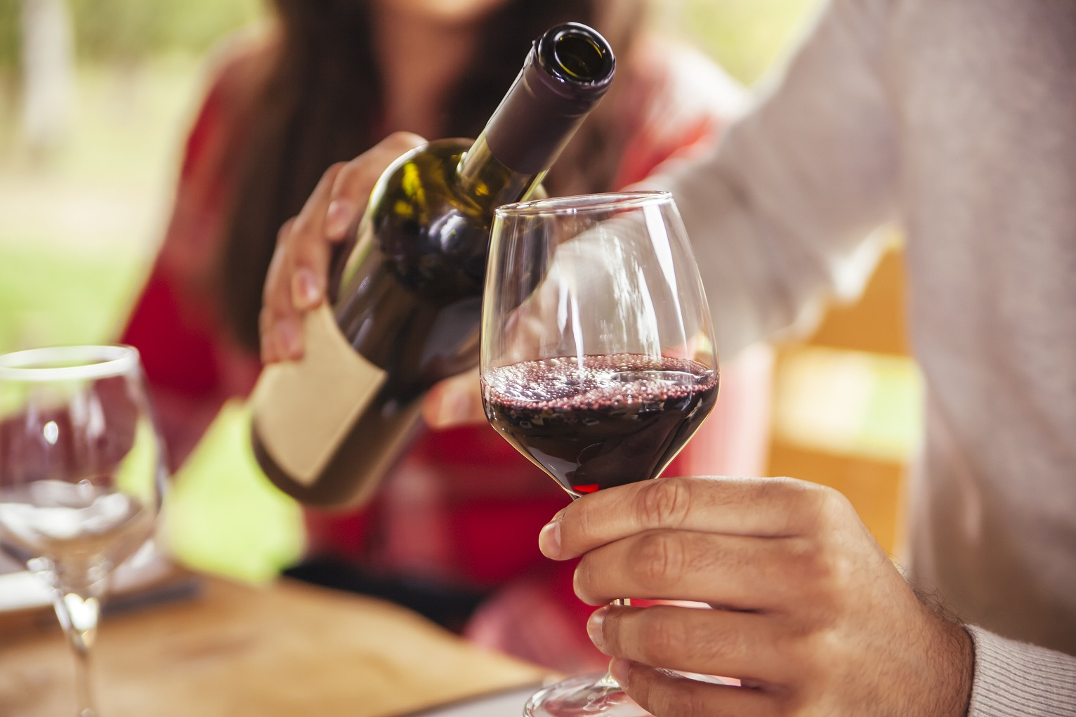 Don't Stress About Tasting Wine Like a Sommelier This Valentine's Day